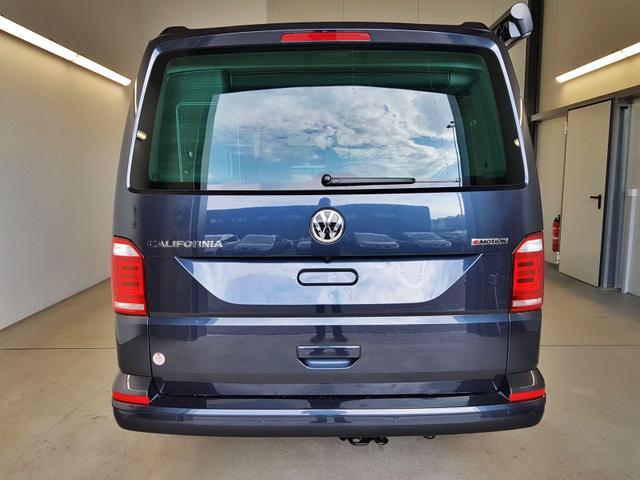 Volkswagen / T6 California / Blau /  /  /