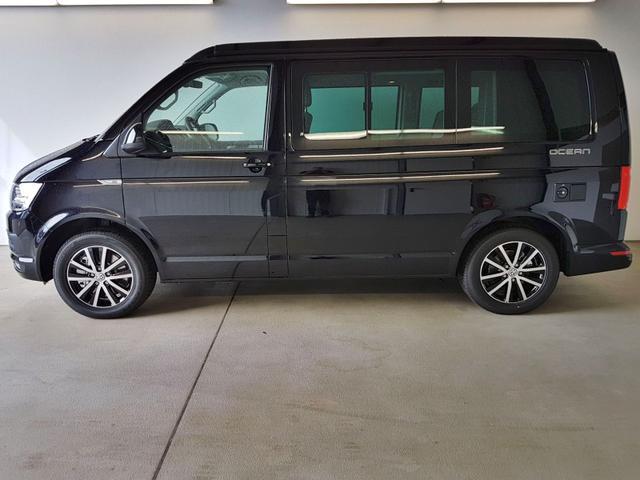 Volkswagen / T6 California / Schwarz /  /  /