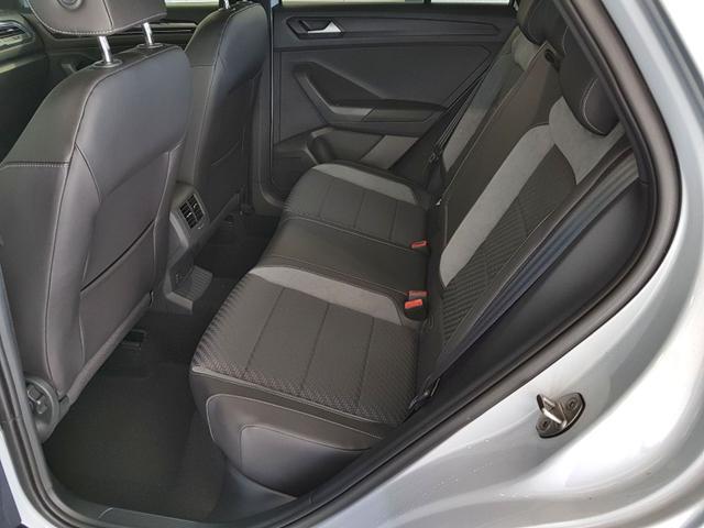 Volkswagen / T-Roc / Silber /  /  / 2.0 TSI DSG OPF 4Motion 140kW / 190PS