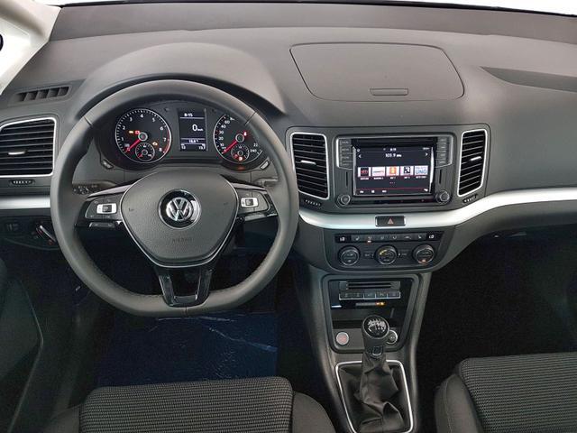 Volkswagen / Sharan / Silber /  /  / 1.4 TSI OPF 110kW / 150PS