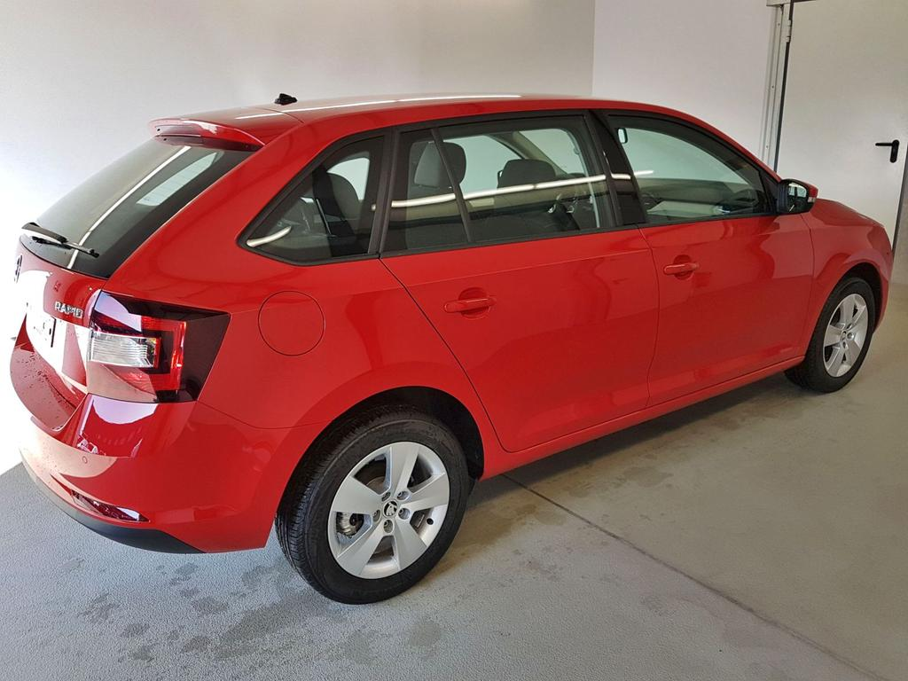 Skoda / Rapid Spaceback / Rot /  /  / WLTP 1.0 TSI 70kW / 95PS