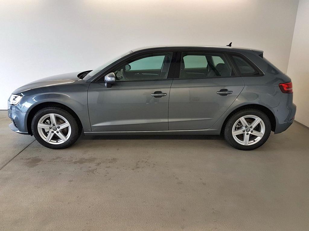 Audi / A3 Sportback / Grau /  /  / WLTP 1.5 TFSI 110kW / 150PS