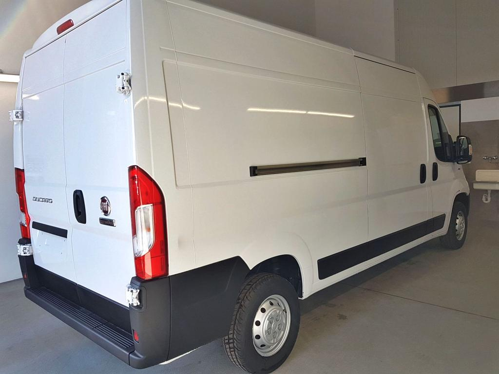 Fiat / Ducato / Weiß /  /  / 150 2.3 Mjet 110kW / 150PS