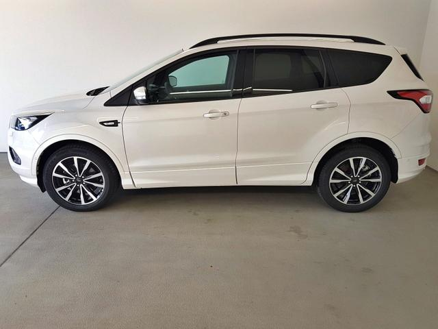 Ford / Kuga / Weiß /  /  / 2.0 TDCi Automatik Allrad 132kW / 180PS