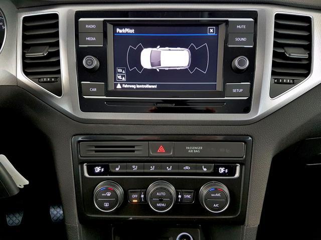 Volkswagen / Golf Sportsvan / Weiß /  /  / 1.0 TSI OPF 85kW / 116PS