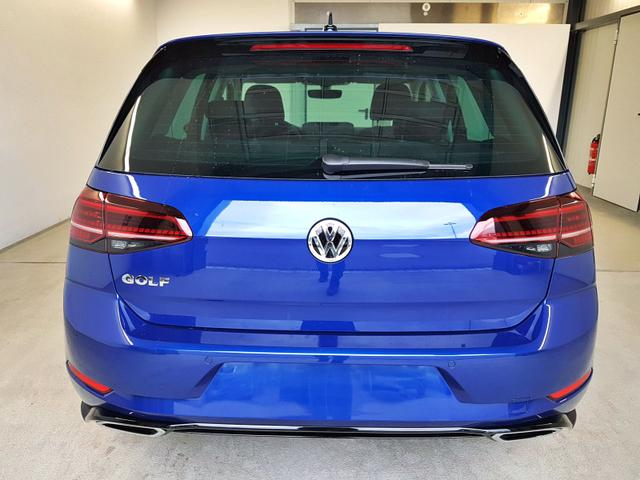 Volkswagen / Golf / Blau /  /  / 1.5 TSI ACT OPF 110kW / 150PS