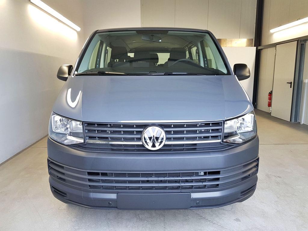 Volkswagen / T6 Transporter / Grau /  /  / 9-Sitzer 3000 mm 2.0 TDI BMT 75kW / 102PS