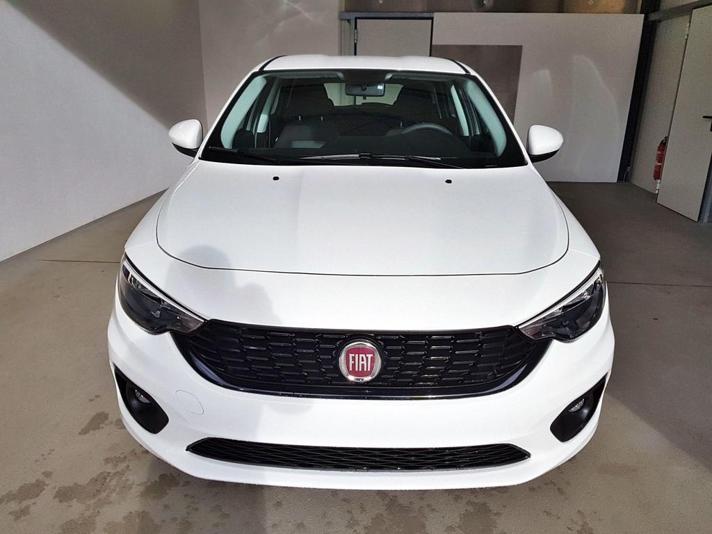 Fiat / Tipo Kombi / Weiß /  /  / WLTP 1.4 16V 70kW / 95PS