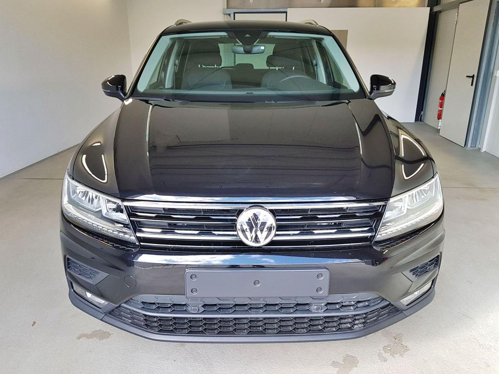 Volkswagen / Tiguan / Schwarz /  /  / WLTP GVL 36 Mon. 2.0 TDI SCR 110kW / 150PS