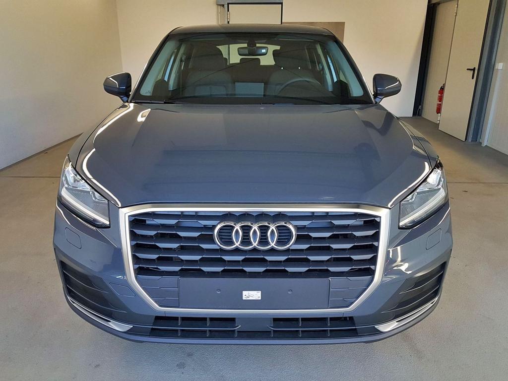 Audi / Q2 / Grau /  /  / WLTP 30 TFSI 85kW / 116PS
