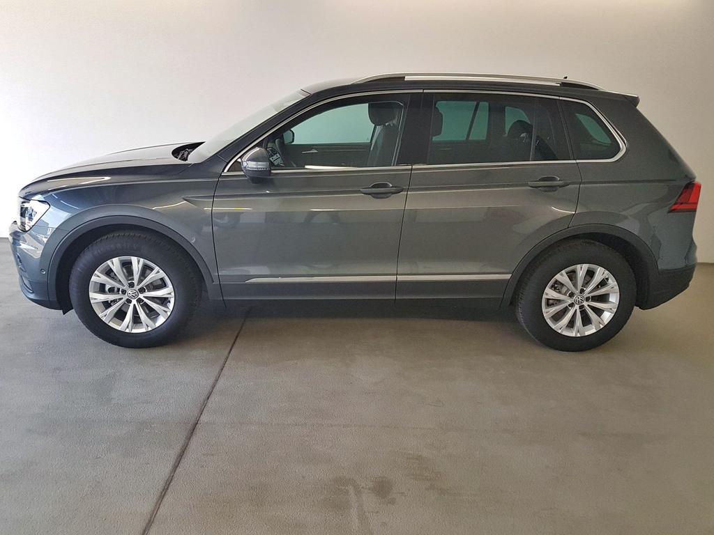Volkswagen / Tiguan / Grau /  /  / WLTP GVL 36 Mon. 1.5 TSI DSG ACT OPF 110kW / 150PS