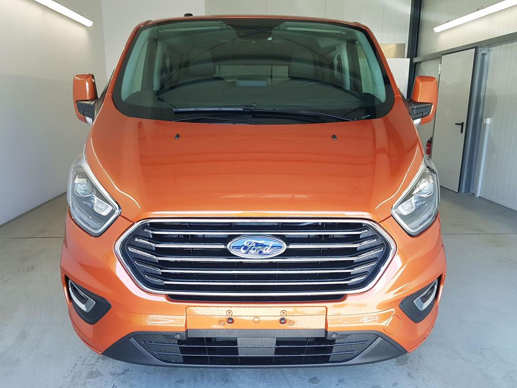 Ford / Tourneo Custom / Orange /  /  / L1H1 WLTP 2.0 TDCi Automatik 136kW / 185PS