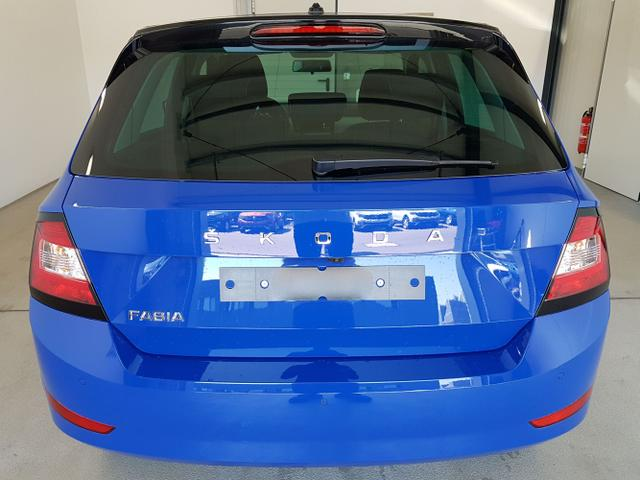 Skoda / Fabia / Blau /  /  / WLTP 1.0 TSI 70kW / 95PS