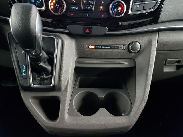 Ford / Tourneo Custom / Grau /  /  / L2H1 WLTP 2.0 TDCi Automatik 136kW / 185PS