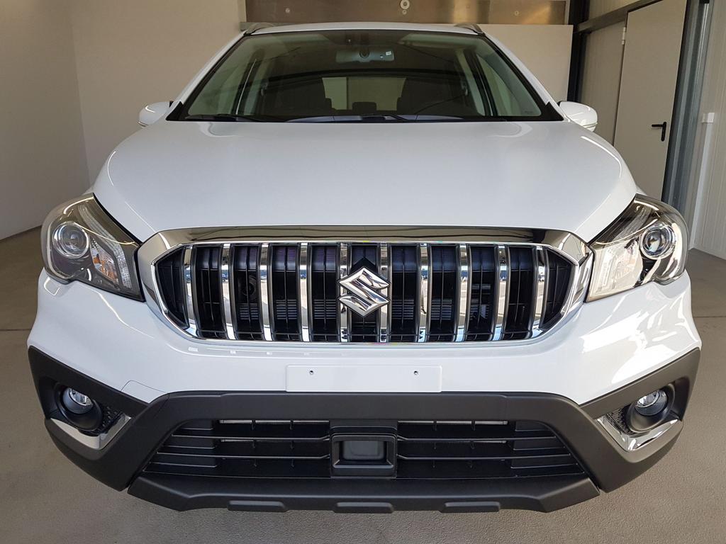 Suzuki / SX4 S-Cross / Weiß /  /  / WLTP 1.4 Boosterjet Hybrid ALLGRIP 95 kW / 129PS