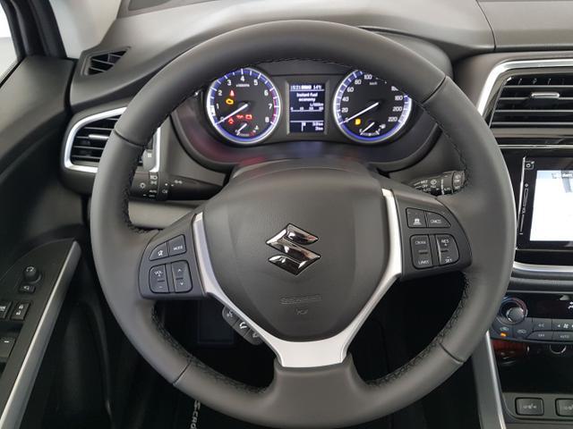 Suzuki / SX4 S-Cross / Silber /  /  / WLTP 1.4 Boosterjet Hybrid ALLGRIP 95 kW / 129PS