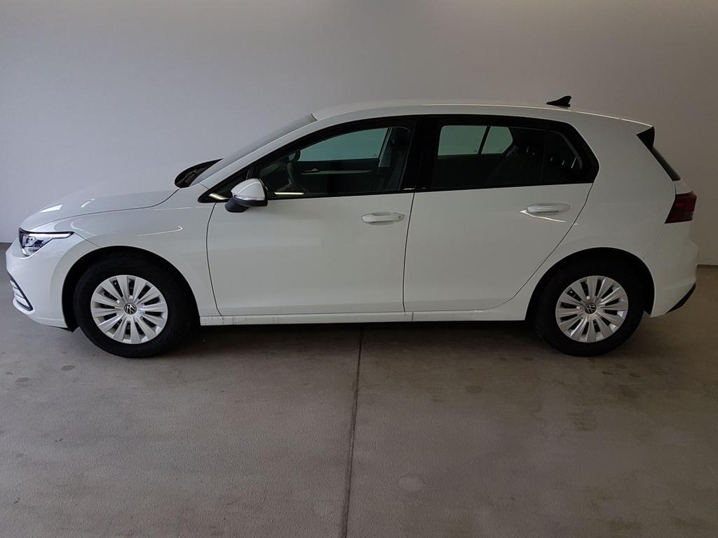 Volkswagen / Golf 8 / Weiß /  /  / WLTP 1.0 TSI 81kW / 110PS