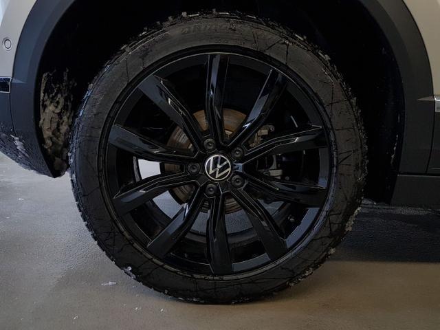 Volkswagen / T-Roc Cabriolet / Silber /  /  / WLTP 1.5 TSI DSG OPF 110kW / 150PS
