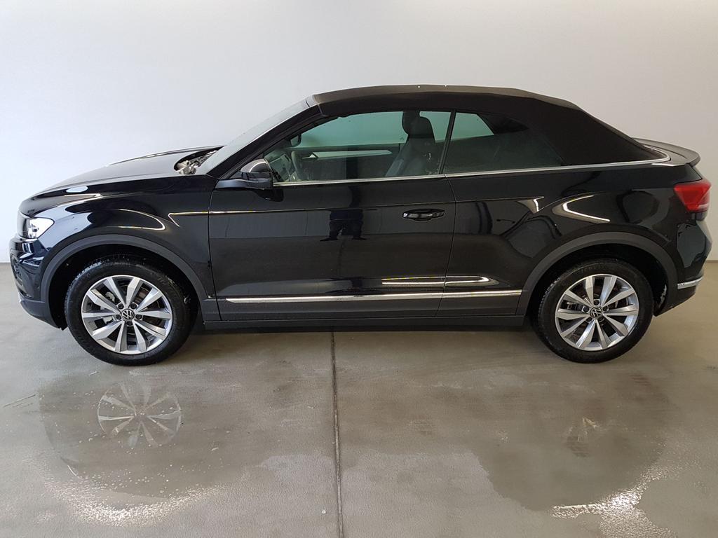 Volkswagen / T-Roc Cabriolet / Schwarz /  /  / WLTP 1.5 TSI DSG OPF 110kW / 150PS