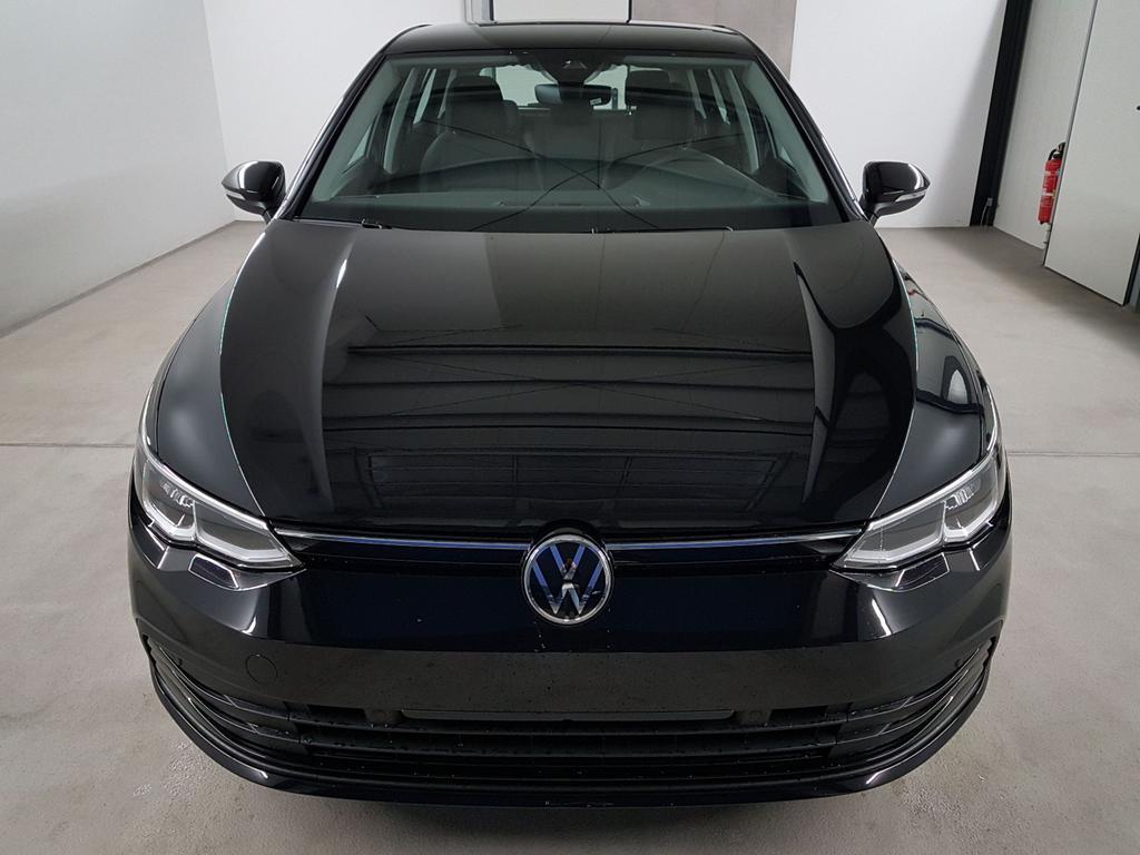 Volkswagen / Golf 8 / Schwarz /  /  / WLTP 1.0 TSI 81kW / 110PS