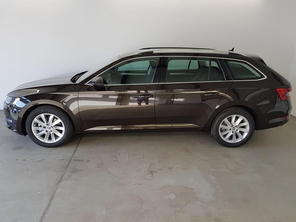 Skoda / Superb Combi / Braun /  /  / 2.0 TDI DSG 140kW / 190PS