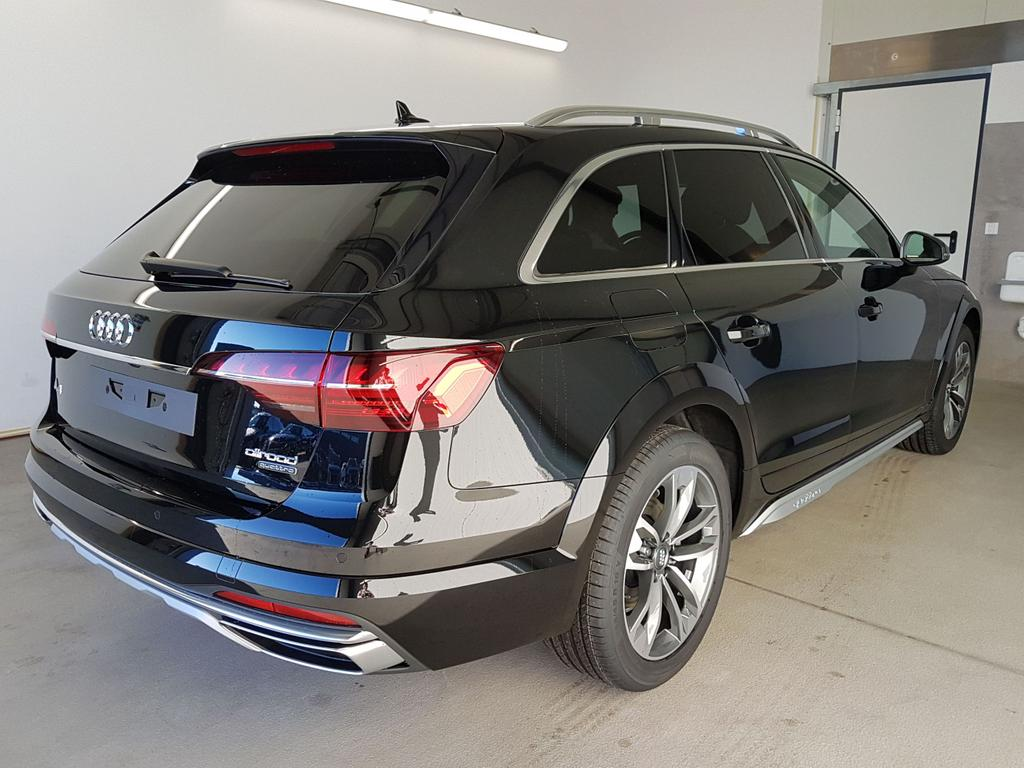 Audi / A4 Allroad / Schwarz /  /  / GVL 36 Mon. 150kW / 204PS