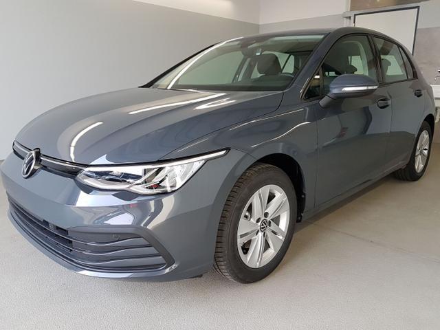 Kurzfristig verfügbares Fahrzeug, wird im Auftrag des Bestellers importiert / beschafft Volkswagen Golf - Life WLTP 1.0 eTSI DSG 81kW / 110PS