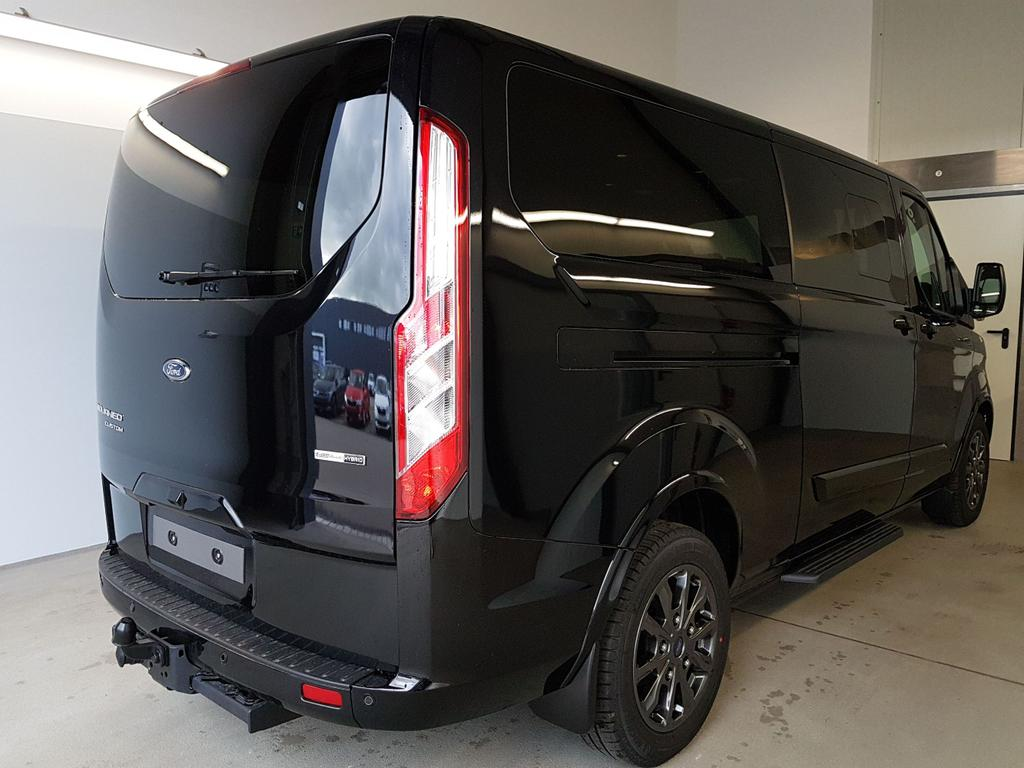 Ford / Tourneo Custom / Schwarz /  /  / L2H1 WLTP 2.0 TDCi EcoBlue MHEV 136kW / 185PS