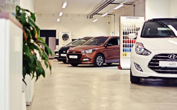 Melden Sie sich zu einer unverbindlichen Probefahrt mit einem unserer Hyundai Modelle an und lassen Sie sich beraten. Profitieren Sie von unserer großen Auswahl an Neuwagen, Gebrauchtwagen, Vorführwagen und Tageszulassungen.