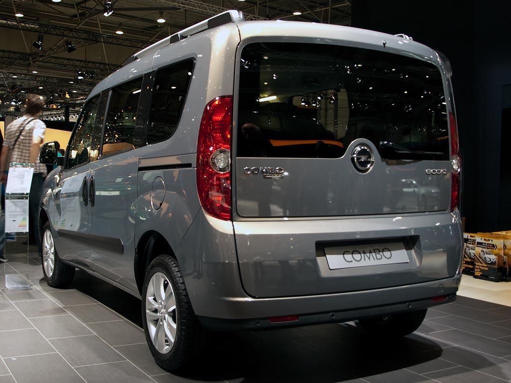 opel combo life van 5-türer 1.2 turbo 81kw s/s edition l2 neuwagen