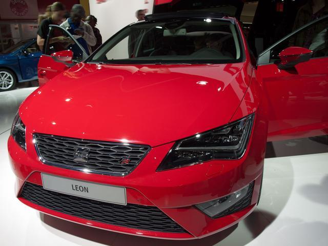 Bestellfahrzeug (frei konfigurierbar), Anfertigung im Herstellerwerk nach Kundenspezifikation Seat Leon  ST - FR