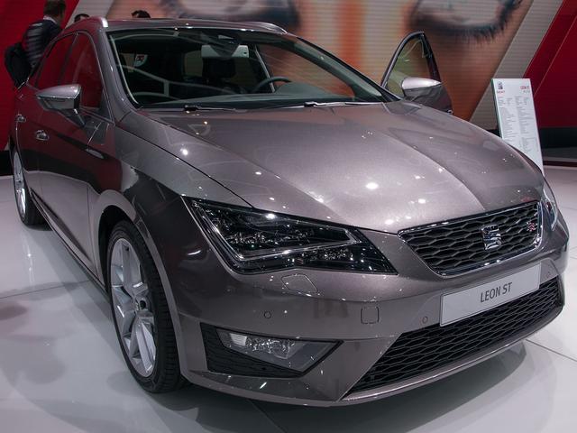 SEAT Leon Sportstourer ST 2.0 TDI 110kW FR DSG