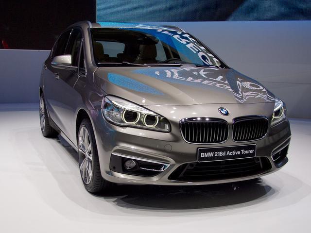 BMW 2er Active Tourer 218d Sport Line