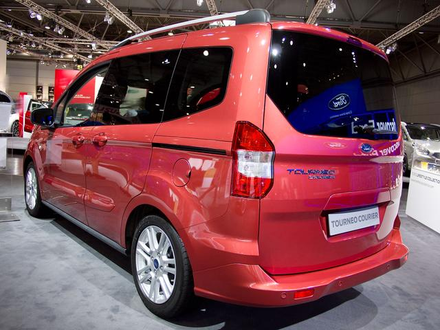 Auto Konfigurator Fur Ford Tourneo Courier Modelle