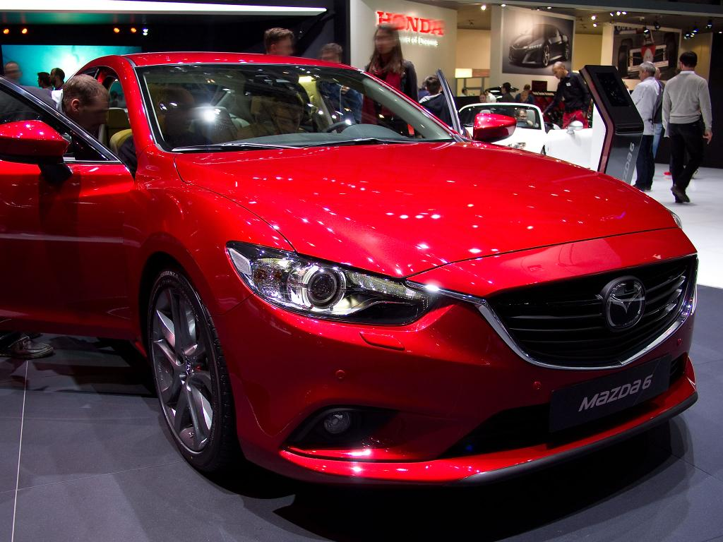 mazda mazda6 4 t rer 2 0 skyactiv g 165 exclusive line. Black Bedroom Furniture Sets. Home Design Ideas