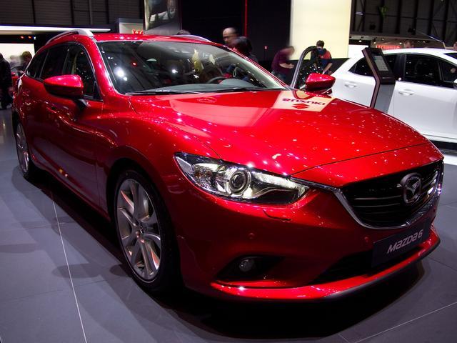 Mazda Mazda6 Kombi - 2.0 SKYACTIV-G 145 Exclusive-Line