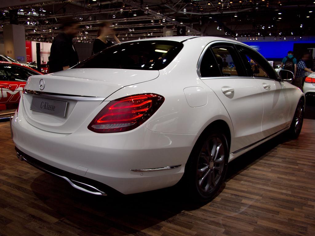 mercedes benz c klasse 220 d limousine leasing statt kaufen. Black Bedroom Furniture Sets. Home Design Ideas
