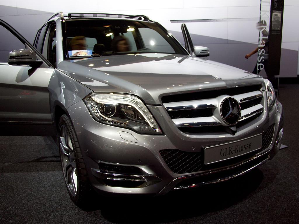 mercedes-benz glc 250 4matic automatik benzin | eu-neuwagen