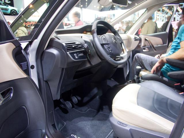 Citroën C4 Cactus - BlueHDi 120 S&S Feel EAT6