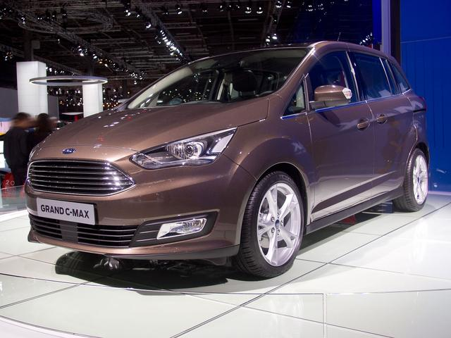 Ford Grand C-MAX - 2,0TDCi 110kW PowerShift Titanium