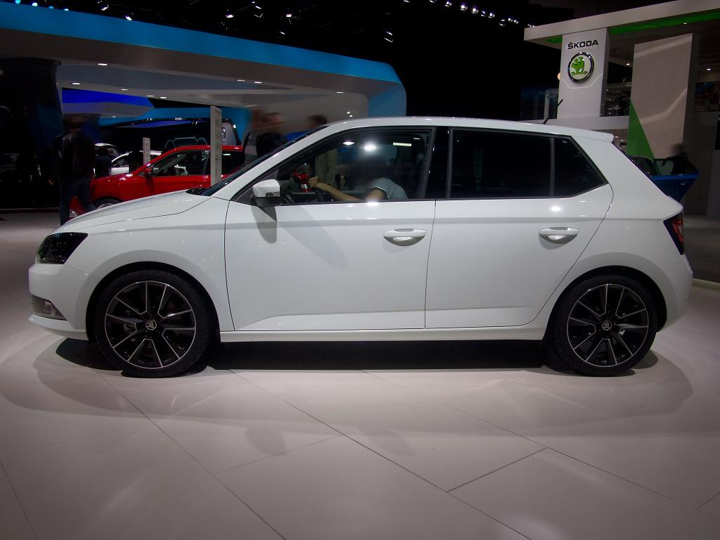 skoda fabia tsi 70kw cool plus restart auto. Black Bedroom Furniture Sets. Home Design Ideas