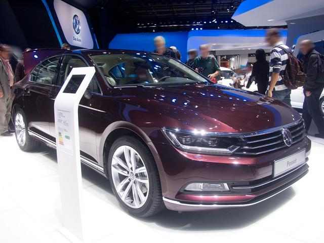 Volkswagen Passat 2.0 TDI SCR Elegance