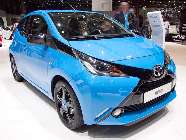 Toyota Aygo 1,0-l-VVT-i x-play x-shift