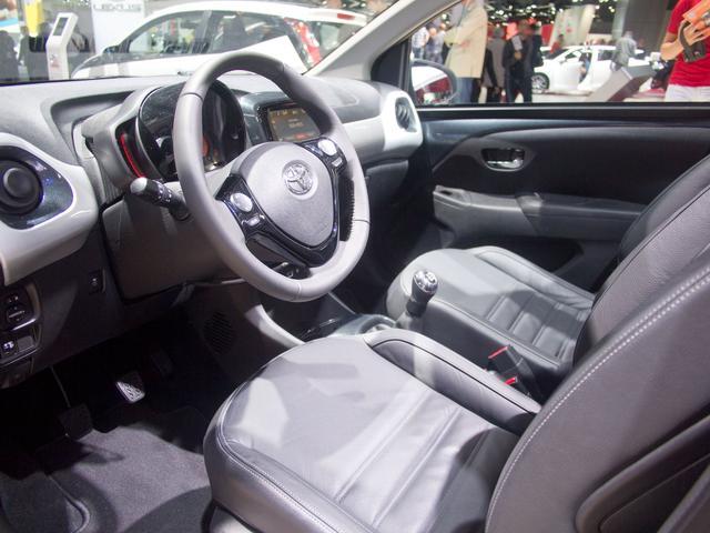 Toyota Aygo 1,0-l-VVT-i x-sky
