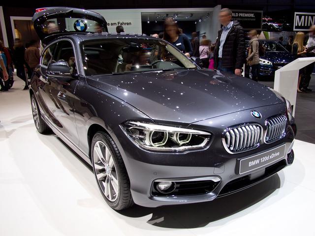 BMW 1er - 125i Sport Line A