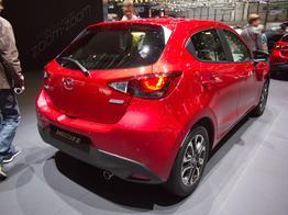 Mazda Mazda2      SKYACTIV-G 75 M Hybrid Exclusive-Line