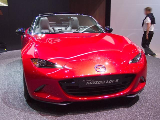 Mazda MX-5 - 1.5 SKYACTIV-G 132 Exclusive-Line