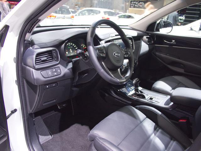 Kia Sorento 1.6 T-GDI Hybrid 2WD Vision Auto
