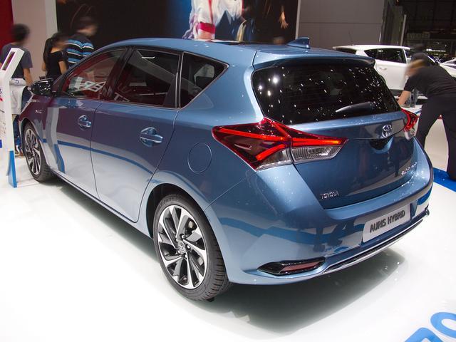 Toyota Corolla 2,0 Hybrid Team Deutschland