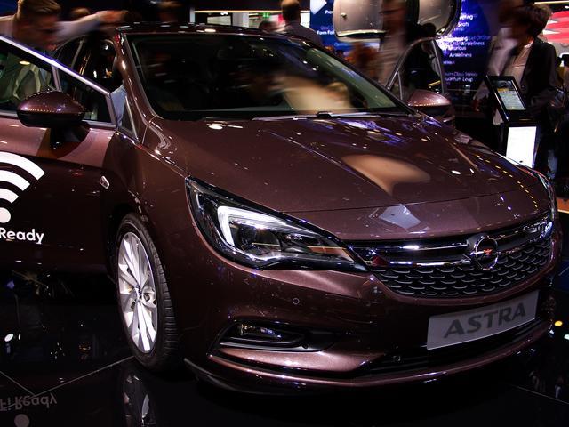 Opel Astra 5-Türer - 1.2 Direct Inj Turbo 81kW 2020